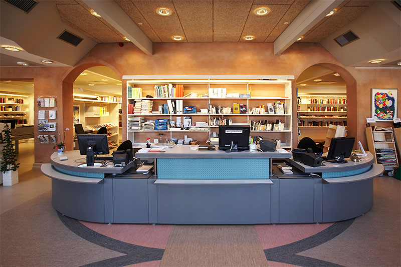 Information Desk Design bci - concertina desk system facts, design information, and pictures
