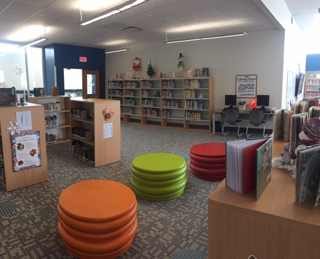 Red Creek Elementary School Library. BCI   WI Elementary School Completed with BCI Modern Library Furniture